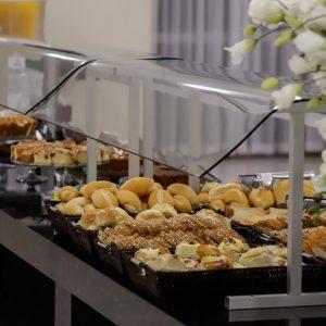 buffet-cafe-da-manha-hotel-mirante-foz