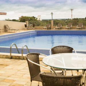 piscina-panoramica-sol-cadeiras02